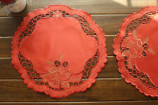 "Vintage Style Christmas Holiday Embroidered 14"" Round Doily Table Place Mat"