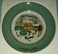 Christmas 1980 Avon Commerative Plate Enoch Wedgewood for Avon Products