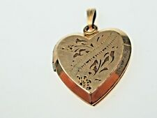 ANTIQUE VICTORIAN GOLD FILLED HEART LOCKET PENDANT.