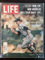 CARL YASTRZEMSKI BOSTON RED SOX LIFE MAGAZINE SEPTEMBER 8, 1967