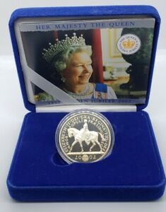 The Royal Mint Her Queen 2002 Golden Jubilee £5 Silver Proof Coin with Box & COA