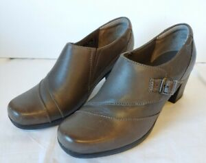 Clarks Shoes Womens Leather Slip On Heels Gray Booties 7 M #62874