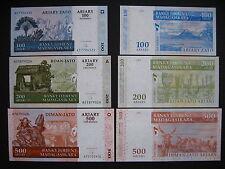 MADAGASCAR  100 + 200 + 500 Ariary 2004 (2008)  (P86b + P87b + P88b)  UNC