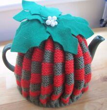 HAND KNITTED TRADITIONAL XMAS FLUTED TEA COSY. 1940'S STYLE.