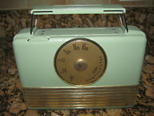 RARE, GREAT LOOKING MINT GREEN CONTINENTAL MODEL M-500, 4 TUBE TRANSISTOR RADIO