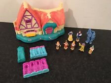 Polly Pocket Disney Blanche Neige sept nains Cottage plus 7 Figures