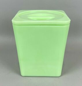 Vintage Jeannette Glass Co. Jadeite Green Square Canister w/ Lid, NICE
