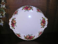 Excellent Royal Albert OLD COUNTRY ROSES handled CAKE PLATES