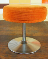 Vintage Hocker Sitzhocker Retro Tulpenfuß Tulip Saarinen Ära orange 70er