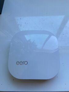eero Pro B010001  AC Tri-Band Mesh Router - White