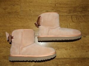 UGG Mini Bailey Bow boots size 6  Eur 39