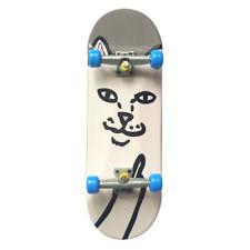 Mini Cute Griffbrett Finger Skate Board Boy Kinderspielzeug Geburtstagsgeschenk