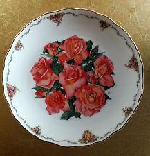 "Royal Albert collectors plate "" Elizabeth of Glamis ""  by Sara Anne Schofield"