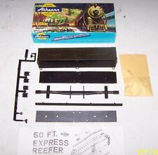 HO Scale Athearn Kit: 50' PACIFIC FRUIT EXPRESS REEFER BOXCAR NIB Lot K18-124