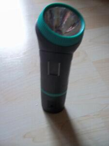 Craft Accu Light Taschenlampe mit Magnet - aufladbare Taschenlampe