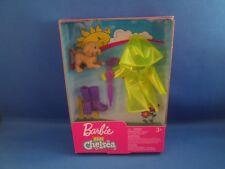 Barbie~Club Chelsea~NEW~Fashion & Accessory set~Rain Coat