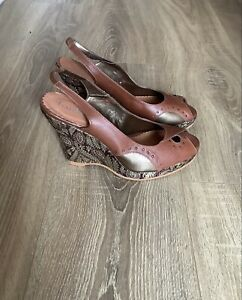 Faith brown bronze gold leather tapestry wedges wedged sandals slingback size 40