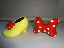 Disney Minnie Mouse Heel Shoe and Polka Dot Bow Ceramic Salt and Pepper Shakers