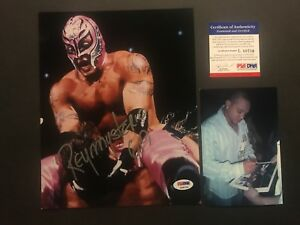 Rey Mysterio Hot! signed autographed WWE wrestling 8x10 Photo PSA/DNA cert