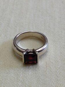 925 Sterling Garnet Ring Square Cut Sz 7