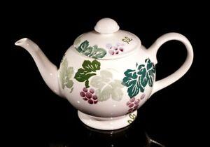 A Beautiful Retro Royal Winton Large Toscana Teapot
