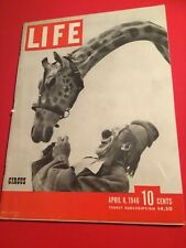 VINTAGE APRIL 8,1946 LIFE MAGAZINE FEATURING THE CIRCUS ON THE COVER VN COND