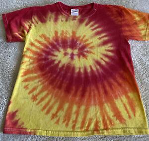Gildan Boys Red Orange Yellow Spiral Tie Dye Short Sleeve Shirt Medium 8