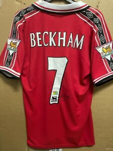 Signed David Beckham Manchester United shirt with Coa