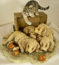Dog Figurine GOLDEN RETRIEVER 3 Pups with Cat 2000 ADORABLE BREED FIGURINE