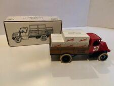 Ertl Diecast 1/38 Scale, Leinenkugel, 1926 Mack Crate Truck Bank, Used