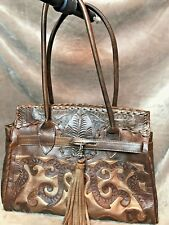 Beautiful embossed stitched leather-like purse w/ 2 magnetic snaps to close