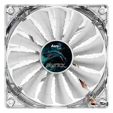 Aerocool Shark 14cm QUAD White LED Fan 15 BLADE il Fluid Dynamic Bearing 14.5 DBA