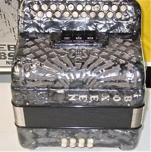 BOXEEN 2 ROW IRISH STYLE BUTTON ACCORDION STRAPS GREAT WORKING CONDITION