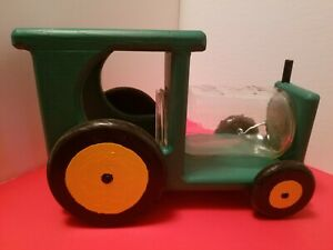 Tractor themed squirrel feeder