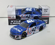 NEW 2018 KYLE LARSON #42 CHICAGOLAND PATRIOTIC RACED VERSION CREDIT ONE 1/64