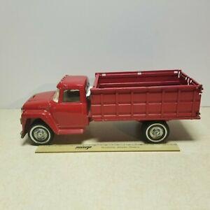 Toy Ertl  International Harvester IH Grain Farm Livestock Metal Truck