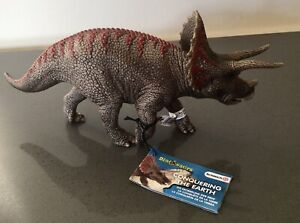 Schleich Triceratops New With Tags Toy Figure Dinosaur Model D-73527 & Leaflet