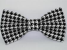 "Black Houndstooth Bow tie / Black & White 1/3"" Houndstooth / Pre-tied Bow tie"
