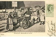 CPA BELGIQUE BRUXELLES MARCHANDE DE MOULES