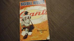 1971 Sporting News Baseball Register Willie Mays