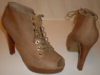 RUSSELL BROMLEY WEITZMAN Nude Peep Toe Ankle Shoe Boots Size EU 40 UK 7 RRP £245