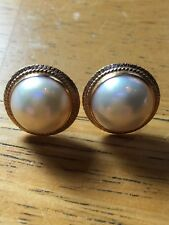 Elegant Vintage Mabe Pearl Earrings in Yellow Gold