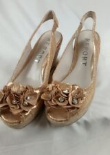 REPORT ROGERS 2 GOLD wedge heeled dress Shoes Size 6.5 M L@@K !!! NEW PAT056558
