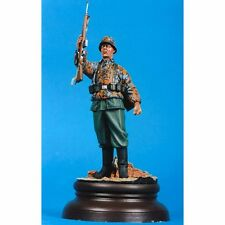 SOL RESIN FACTORY MM027, SCALE 120mm  GERMAN ASSAULT WW II (Base is Not Include)