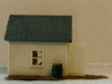 Track Side Building - Pump Car Shack -  Nice Condition - HO Scale