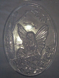 LARGE OVAL WITH A FAIRY SITTING IN A GARDEN CHOCOLATE MOULD OR PLASTER MOULD