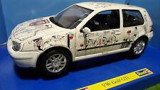VOLKSWAGEN GOLF GTI Blanc bande dessinée 1/18 REVELL 08862 voiture muniature