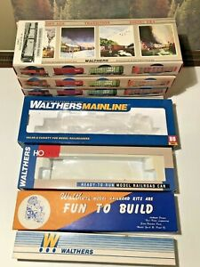 Vintage Lot of 8 HO Scale WALTHERS Empty Long Train Car Boxes