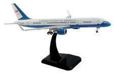 Air Force Boeing B757-200 C-32A 1:200 Hogan Wings 10260 FlugzeugModell B757 C32