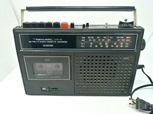 Vintage Realistic CTR-44 Portable Radio Boombox Aux Input Tape Player Broken